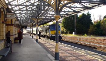 Late night Christmas train services between Dundalk and Dublin from Friday