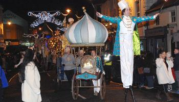 WATCH: One Dundalk guard got into the true spirit of Christmas at Frostival parade