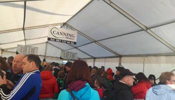 Watch: The queue to meet Joe Canning is HUGE before 9am at #Ploughing17