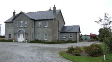 Dunleer Country House on 8 acres goes on market