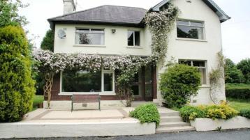 House in idyllic setting in Inniskeen village goes on market