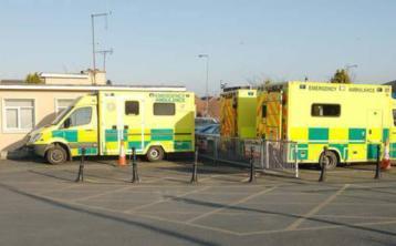 Ambulance crew help deliver baby on side of Dundalk road