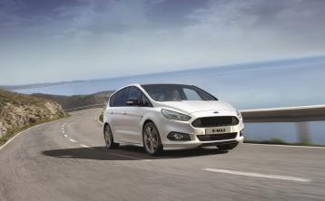 Ford S-Max is all about all comfort and pleasure of passengers