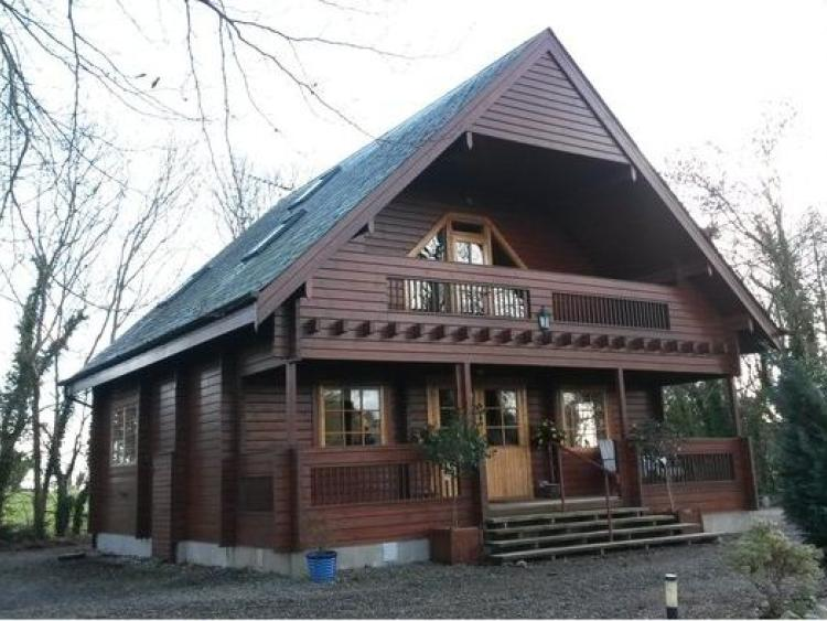 Unique Nordic Style Log Cabin Just Outside Dundalk Up For Rent